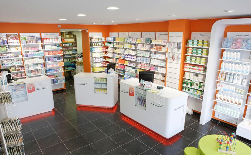 Agencement de pharmacie agencement pharmacie pharmacie nord for Plan d agencement